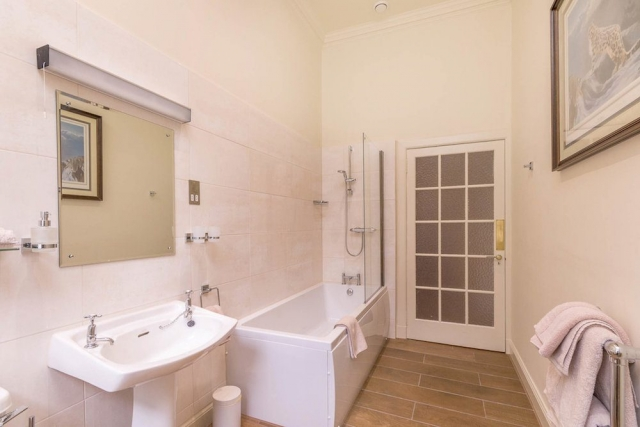 Two Bedroomed Family Suite Private Bathroom